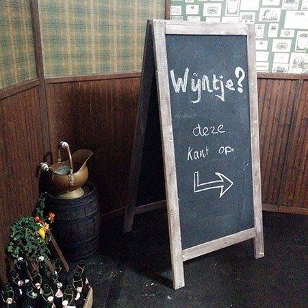 Krijtbord huren, krijten, reclame bord, hipster bord