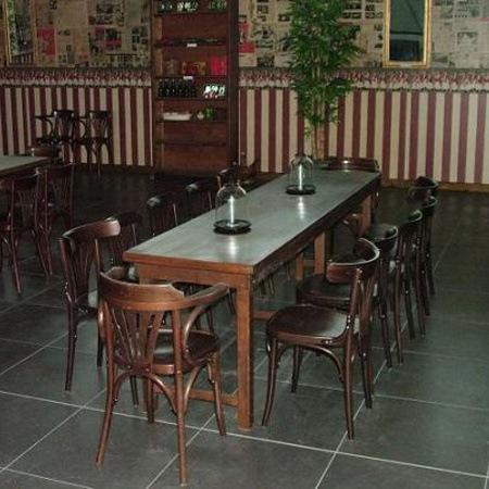 Bruincafe set